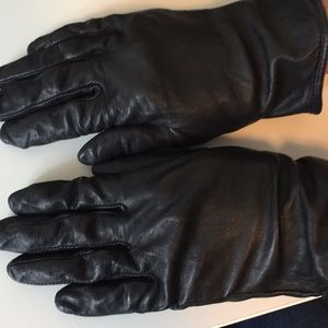 Accessories - Black Leather Silk Lined Gloves